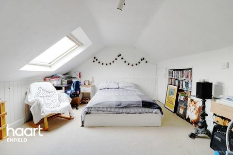 2 bedroom maisonette for sale - Seaford Road, Enfield