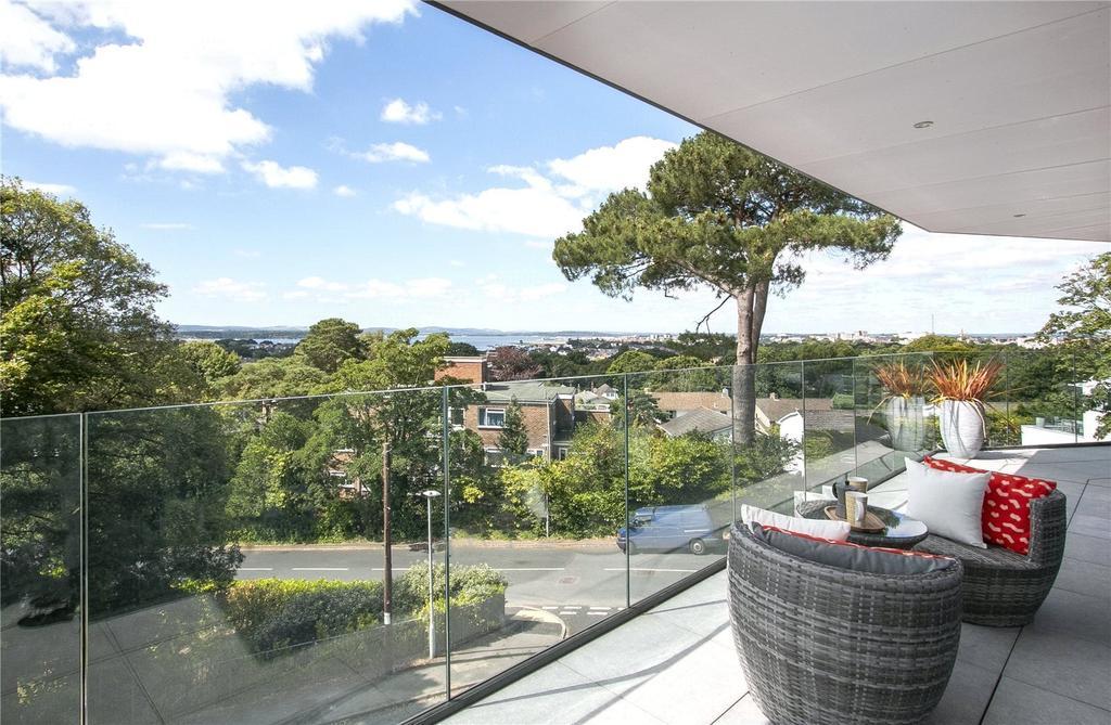 Large South Terrace