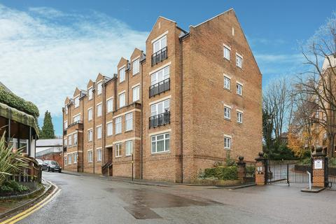 2 bedroom ground floor flat for sale - Caversham Place, Sutton Coldfield