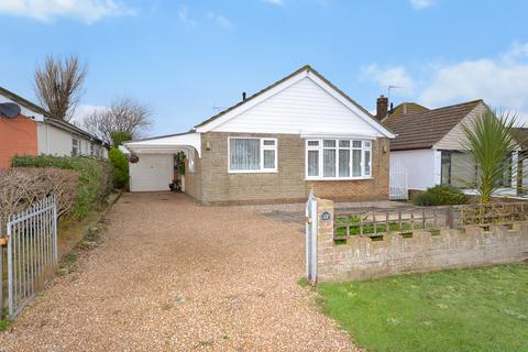 3 bedroom detached bungalow for sale - Alfred Road, Greatstone