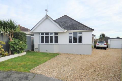 3 bedroom detached bungalow for sale - White Close