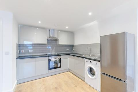 2 bedroom apartment to rent - Rushey Green, London