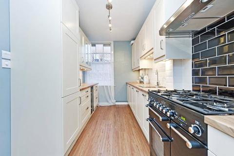 3 bedroom apartment to rent - Webber Row, London, SE1