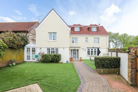 4 bedroom semi-detached house for sale - Coombes Road, Lancing BN15 0RJ