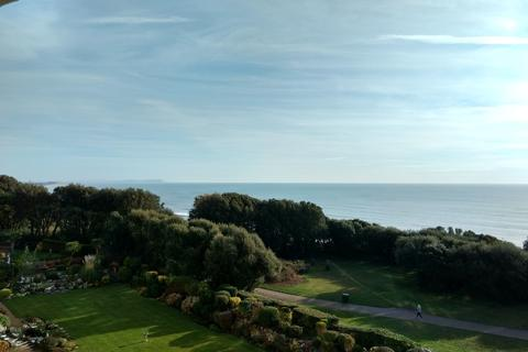 3 bedroom apartment for sale - Boscombe Cliff Road, Bournemouth