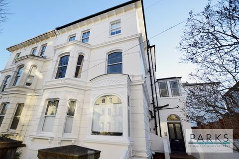 Studio to rent - Alfred Road, Brighton, BN1