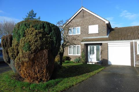 3 bedroom link detached house to rent - Fountaine Grove, South Wootton