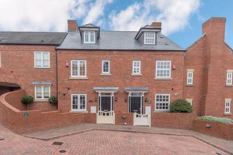 3 bedroom terraced house for sale - Havergal Place, Shareshill, Wolverhampton