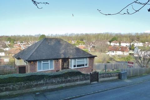 2 bedroom detached bungalow for sale - 51 The Deeside, Patcham, Brighton, East Sussex,