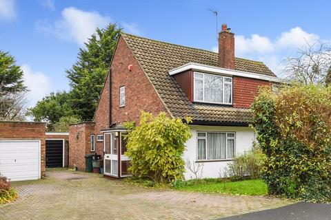 3 bedroom semi-detached house for sale - Appledore Crescent, Sidcup
