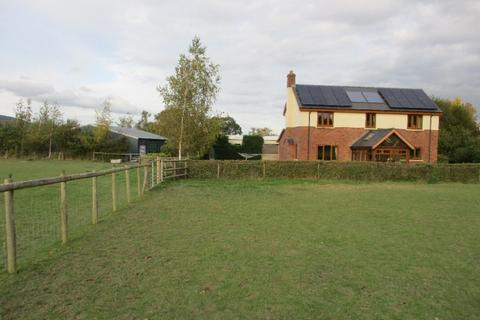 4 bedroom property with land for sale - Llandinam,  Caersws, SY17