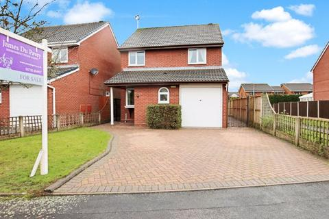 3 bedroom detached house for sale - Canberra Drive, Stafford, ST16