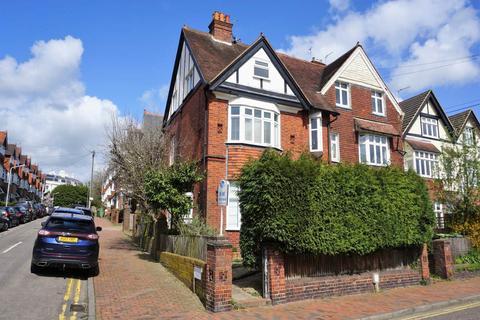2 bedroom flat to rent - Claremont Road, Tunbridge Wells, Kent