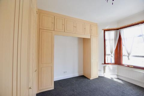5 bedroom terraced house to rent - Skelton Road, E7