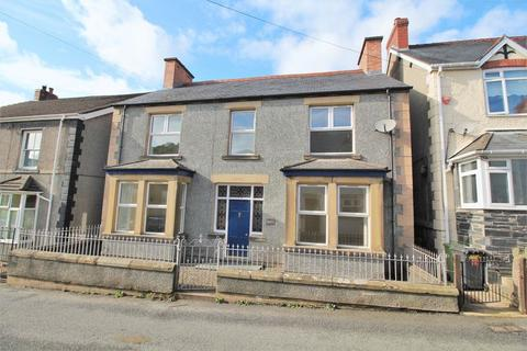 4 bedroom detached house to rent - High Street, Glyn Ceiriog