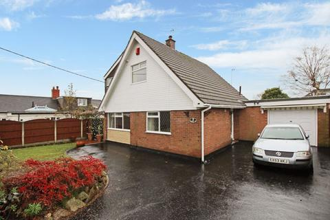4 bedroom detached bungalow to rent - Margery Avenue, Scholar Green, Staffordshire