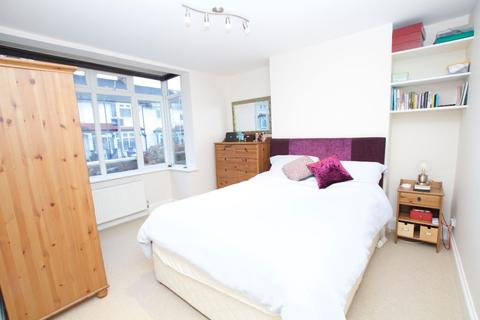1 bedroom house share to rent - St Barnabas Road
