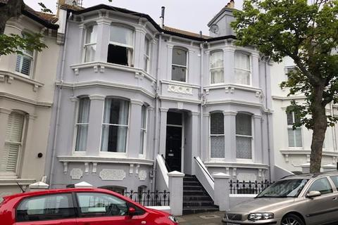 Studio to rent - Eaton Place, Brighton