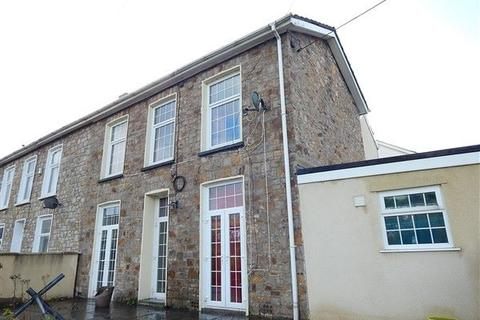4 bedroom semi-detached house for sale - Sunnybank, Ebbw Vale, NP23 6EZ