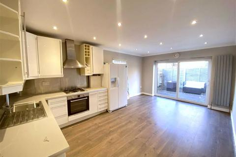 3 bedroom maisonette to rent - Ryfold Road, Wimbledon Park, SW19