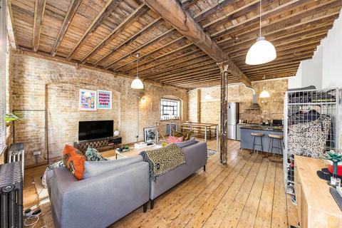 2 bedroom flat to rent - Long Lane, SE1