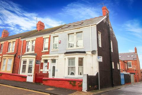 4 bedroom terraced house for sale - North Parade, Whitley Bay