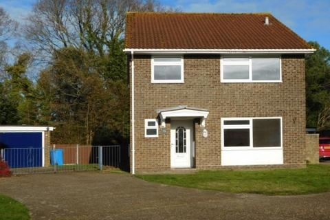4 bedroom detached house to rent -  Symes Road,  Hamworthy, BH15