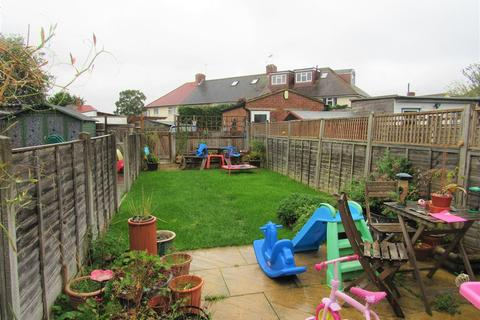 2 bedroom maisonette for sale - Wrythe Lane, Carshalton, Surrey, SM5 2RP
