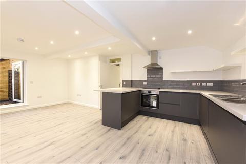 2 bedroom flat to rent - Holm Oak Close, London, SW15