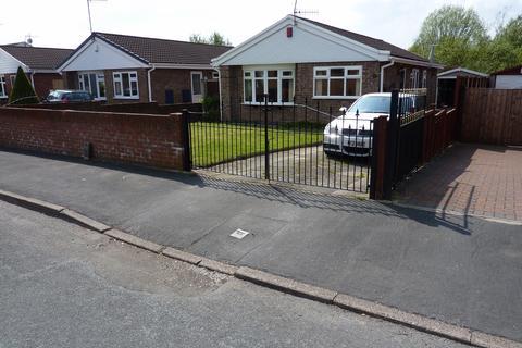 3 bedroom detached bungalow to rent - Defoe drive , Park hall , Stoke-on-Trent  ST3
