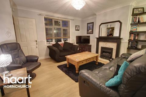3 bedroom terraced house for sale - Abbs Cross Lane, Hornchurch