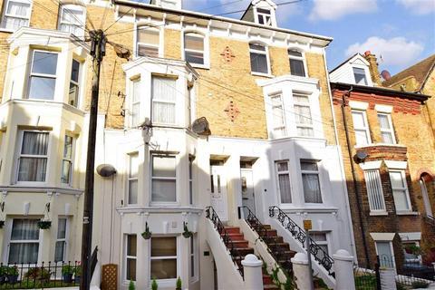 2 bedroom ground floor maisonette for sale - Templar Street, Dover, Kent