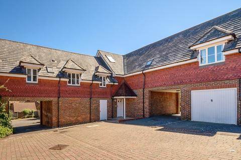 2 bedroom flat for sale - Gravelly Field , Singleton, Ashford