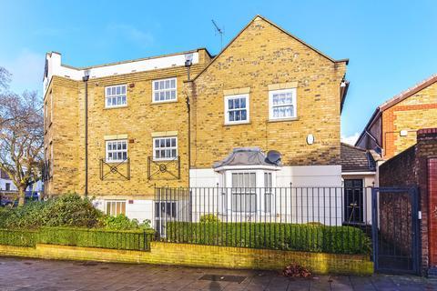 4 bedroom end of terrace house for sale - Peckham Rye, Austins Court