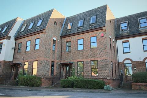 2 bedroom apartment to rent - Little London Court, Old Town, Swindon