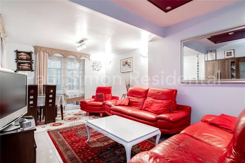 2 bedroom terraced house for sale - Cumberton Road, Tottenham, London, N17