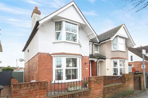 3 bedroom semi-detached house for sale - Groundwell Road, Swindon, SN1