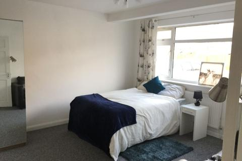 5 bedroom house share to rent - Double Room to Rent in Shared House, Lavender Avenue, Mitcham