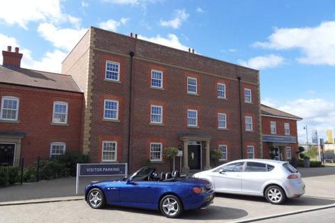 2 bedroom apartment to rent - Greenkeepers Road, Great Denham, Bedford