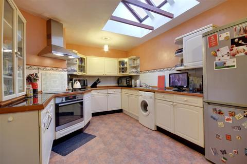 2 bedroom semi-detached bungalow for sale - Grange Farm Mews, Main Street, Willerby
