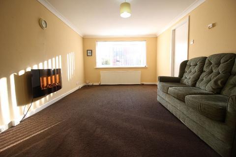2 bedroom flat to rent - East Park Road, Blackburn. Lancs. BB1 8DW