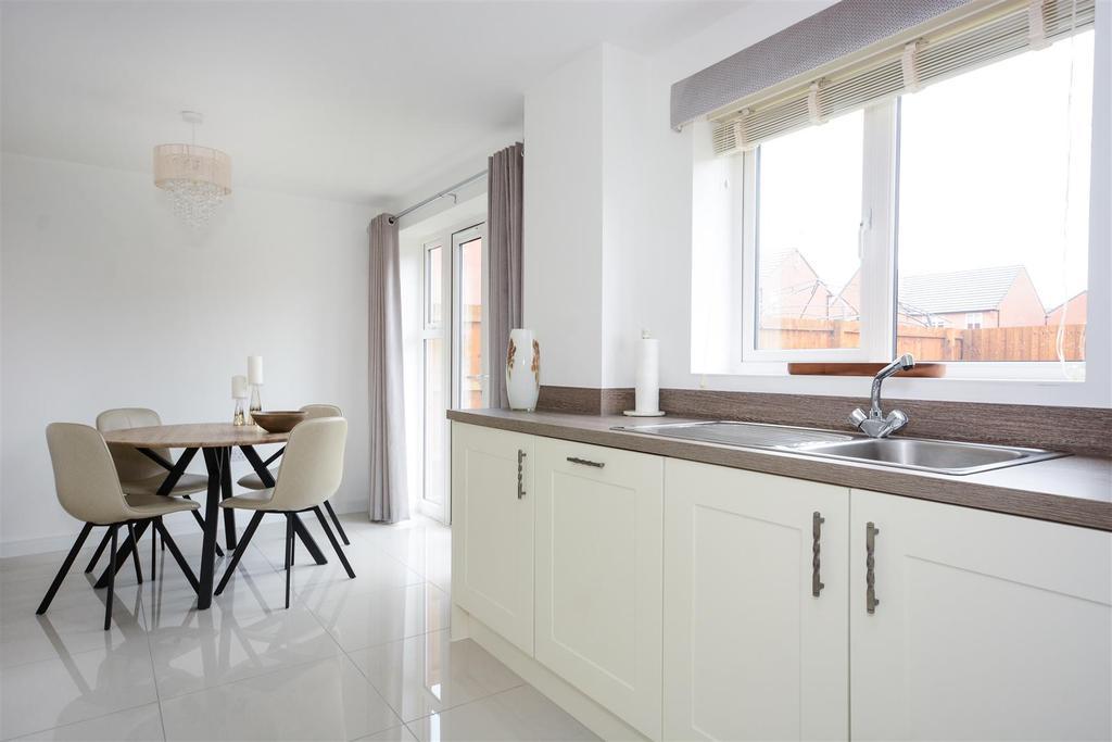 Dining Kitchen (4).jpg