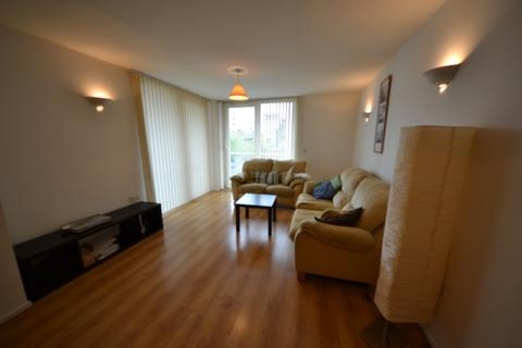2 bedroom flat to rent - Sirocco, Channel Way, Ocean Village, Southampton, SO14