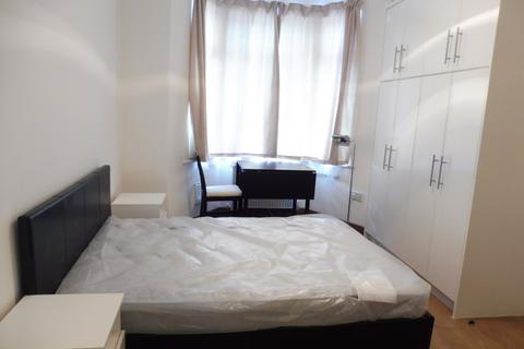 Studio to rent - Lowden Road, Edmonton, N9
