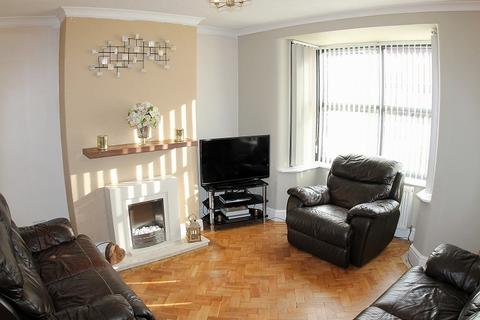 3 bedroom semi-detached house for sale - Gladstone Street, Winsford, Cheshire. CW7 4AZ