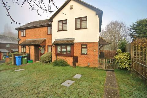 3 bedroom semi-detached house to rent - Beaumont Grove, Aldershot, Hampshire, GU11