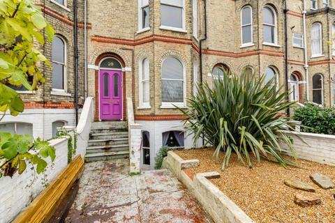 1 bedroom flat for sale - Gladstone Terrace, Brighton, East Sussex, BN2