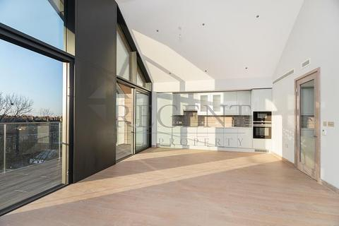 2 bedroom apartment to rent - Drapers Yard, SW18