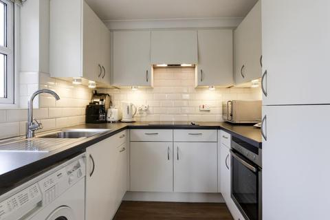 2 bedroom retirement property to rent - Bishops View Court, Muswell Hill, N10