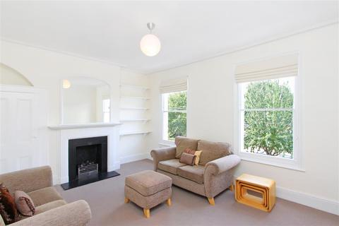 2 bedroom flat to rent - Chivalry Road, SW11